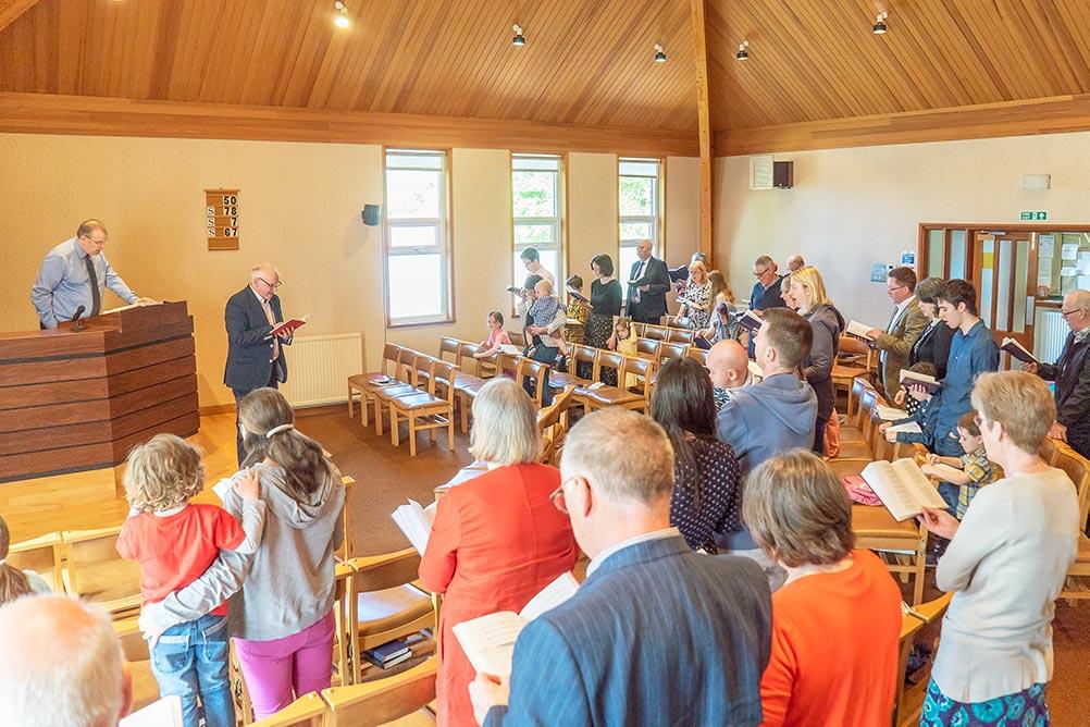 livingston worship service